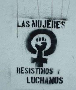 """""""Vi kvinnor står emot och kämpar"""". Foto: cronicadesociales.org"""